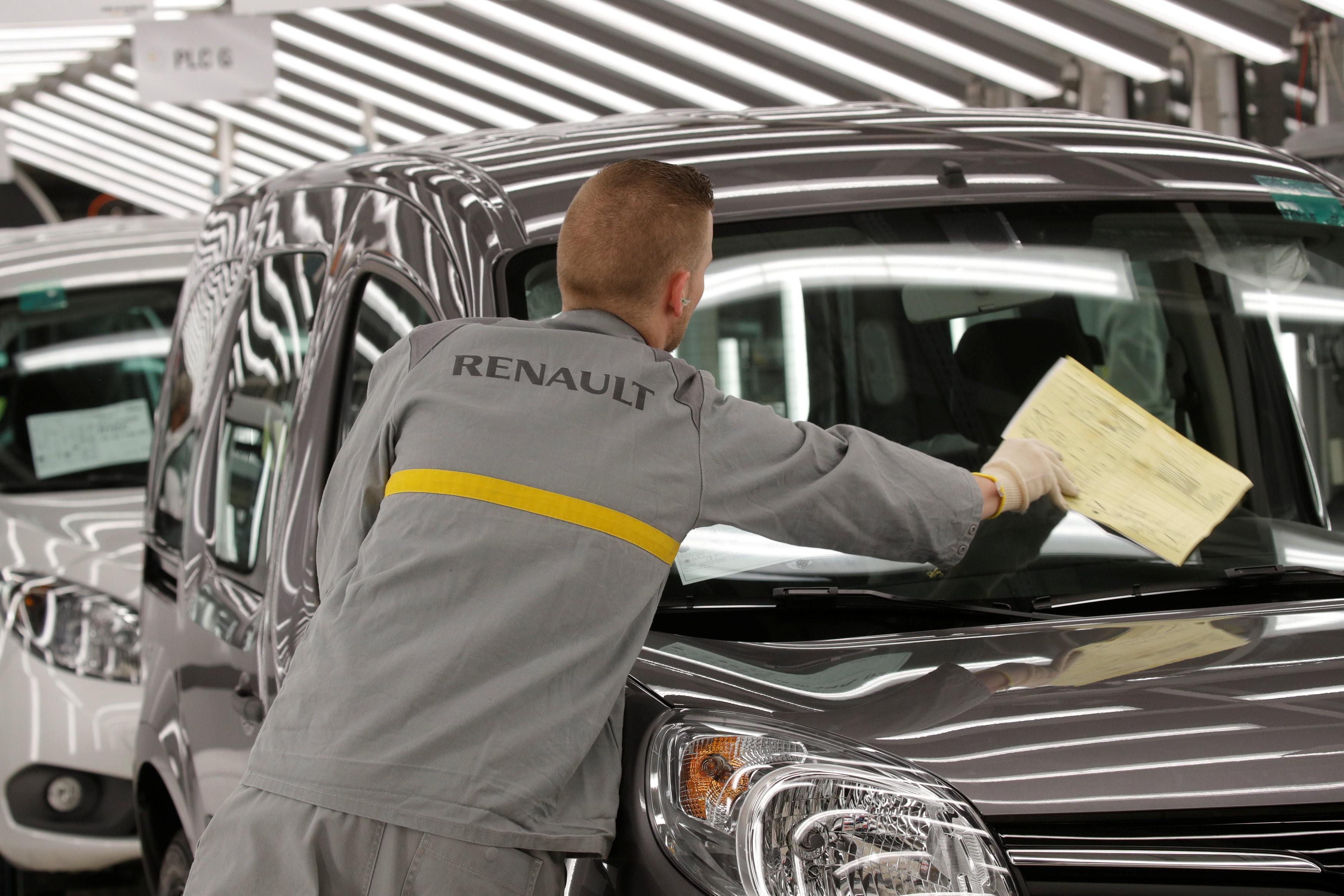 Ação da Renault cai mais de 8% na bolsa de Paris após detenção de Ghosn