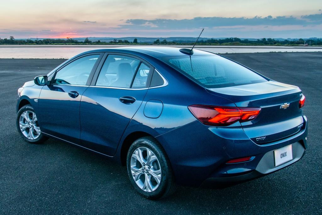 Chevrolet retoma entregas do Onix Plus e poderá oferecer 1 ano de wi-fi grátis aos clientes afetados