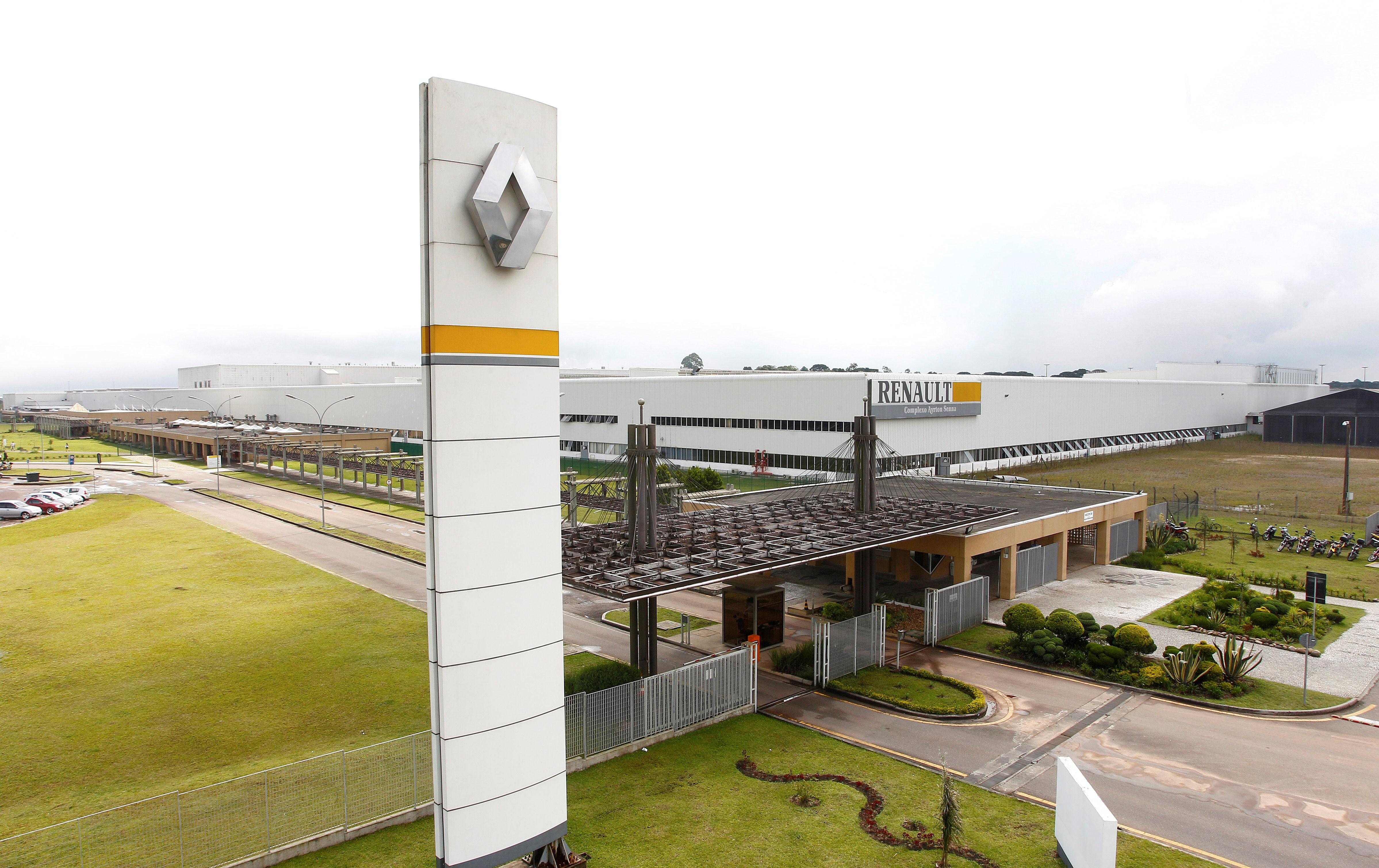 Renault paralisa produção em fábrica de São José dos Pinhais por causa da pandemia da Covid-19