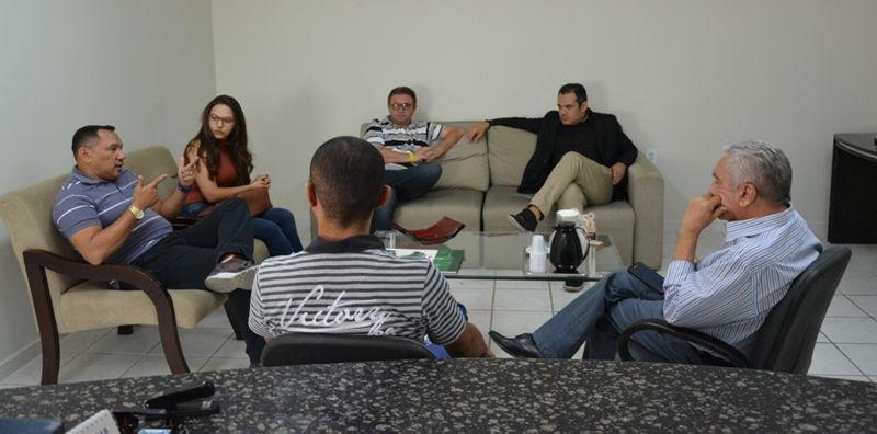 SINDACSE e Conselho Municipal de Saúde são recebidos pelo prefeito Bonifácio Rocha